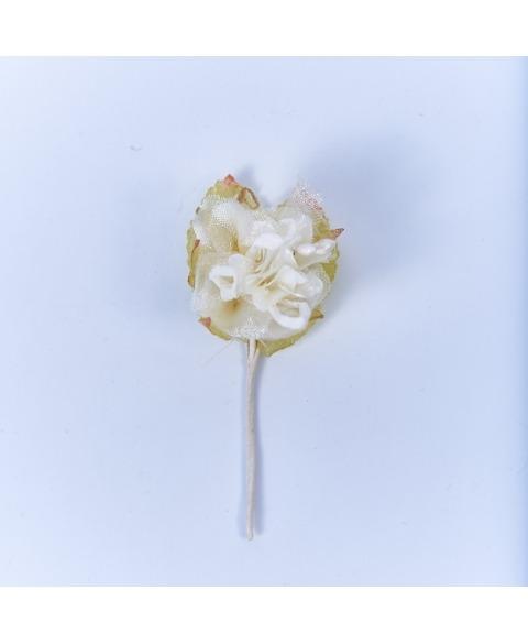 Floare decorativa miniroza alba