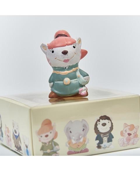 Cutiuta si figurina ceramica domnisoara Tigrit