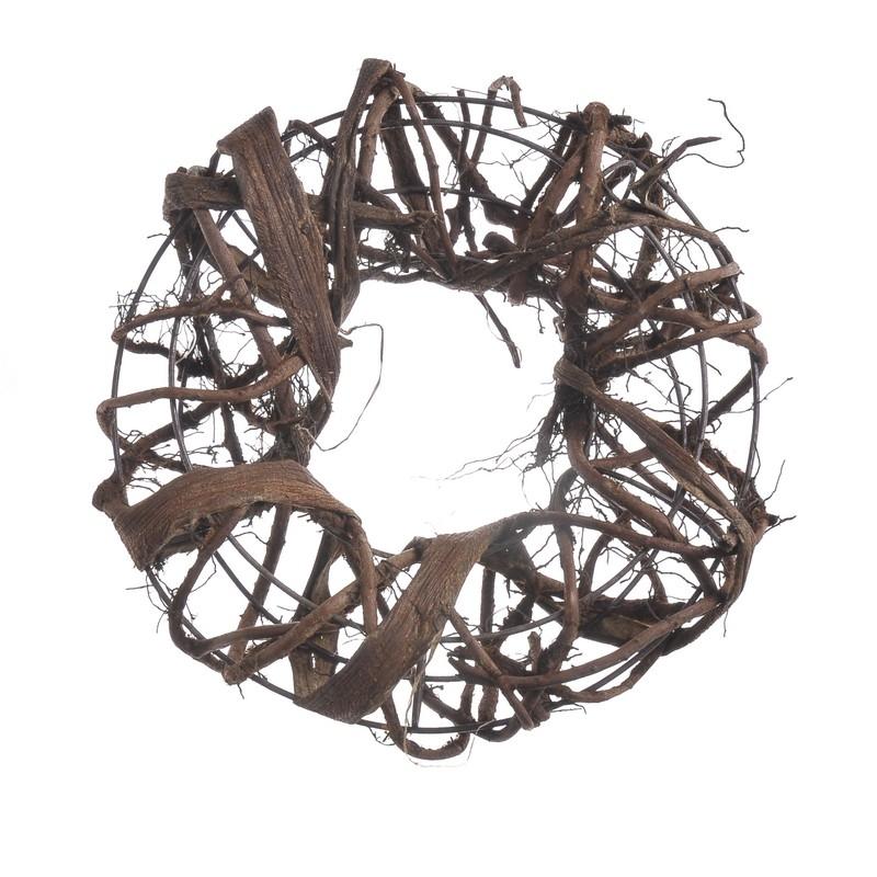 Structura metalica tip coronita cu impletitura de nuiele