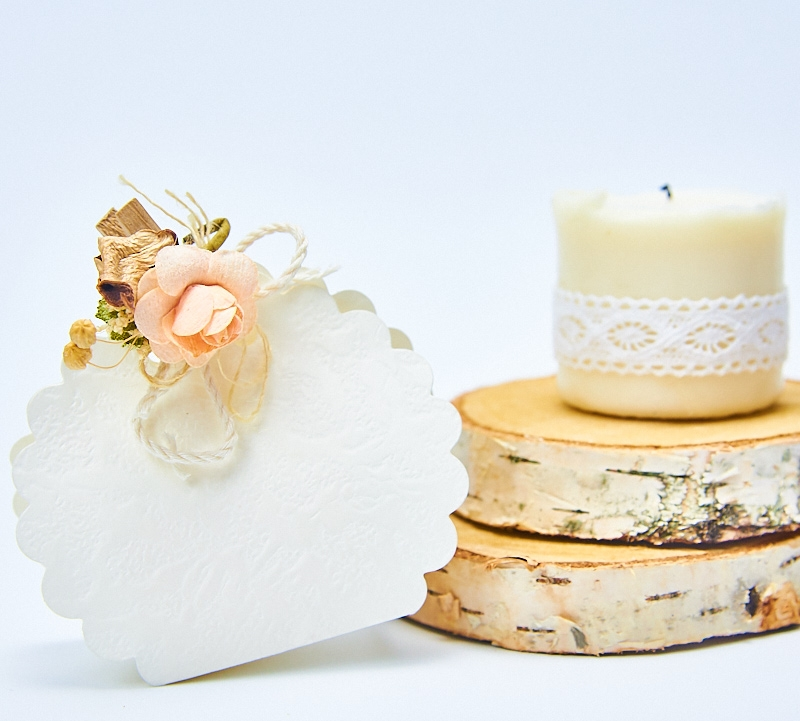 Carligel cu trandafir alb-somon