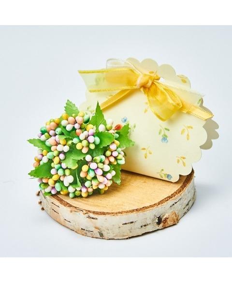 Buchet decoratiune cu perlute galben-verde