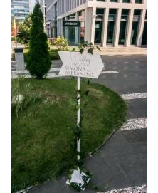 Semn directionare cu picior -Wedding