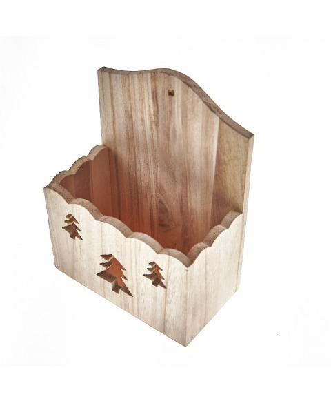 Cutie decorativa din lemn