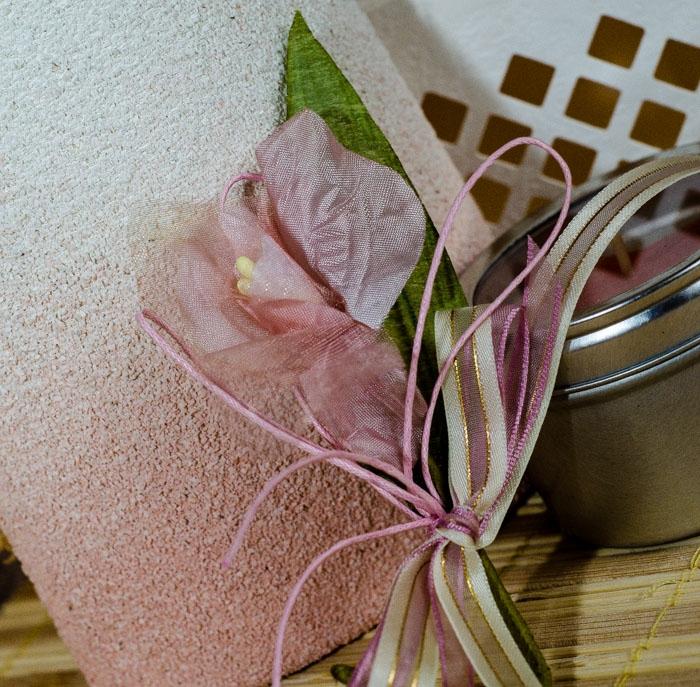 Flori piept -Crin roz-lila