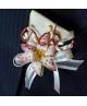 Flori piept -Crin beige