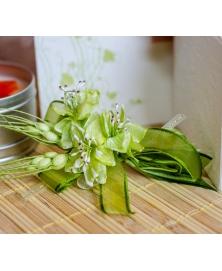 Flori piept -flori si spice verzi