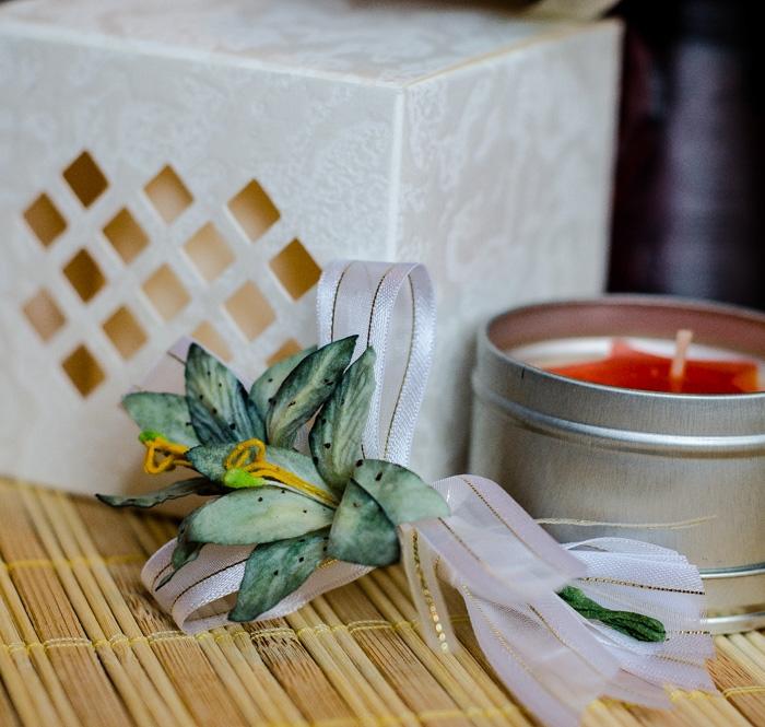 Flori piept -Crin verde inchis